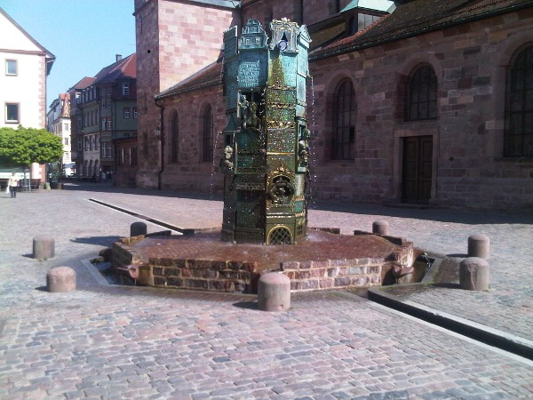 Fountain near Münster Unserer Lieben Frau